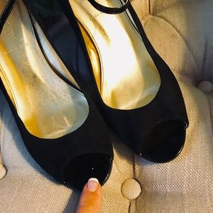 J. Crew Shoes - J Crew Peep Toe Ankle Strap Leather/Suede Sz 8M